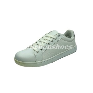 Skateboard shoes-men low cut 11